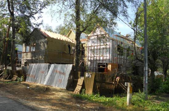 Moscow Summer House On Site